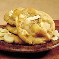 White Chocolate Macadamia